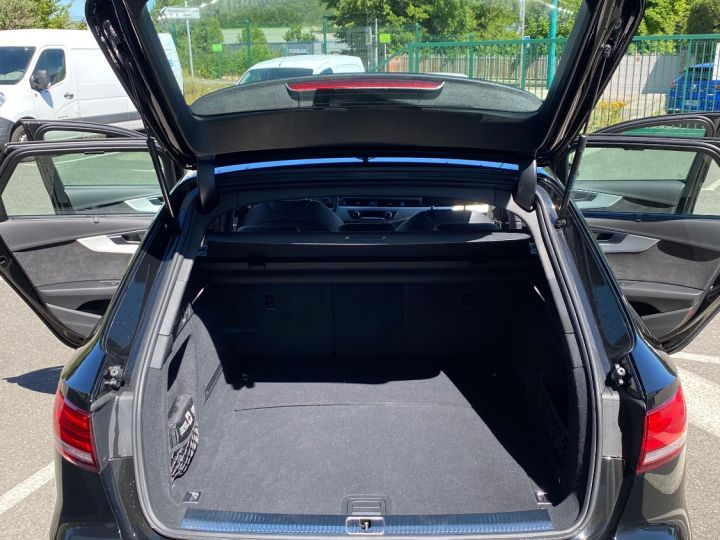 Audi A4 Avant AUDI A4 AVANT 150CV S LINE NOIR NACRÉE - 13