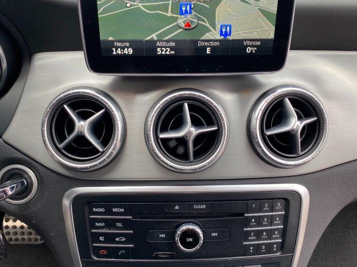Mercedes CLA Shooting Brake 200D 7-G DCT FASCINATION PACK AMG - 10